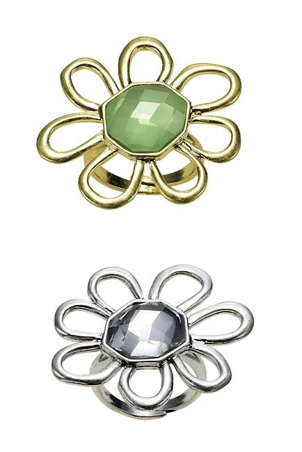The Bohm Delicate Trinkets Adjustable Flower Ring