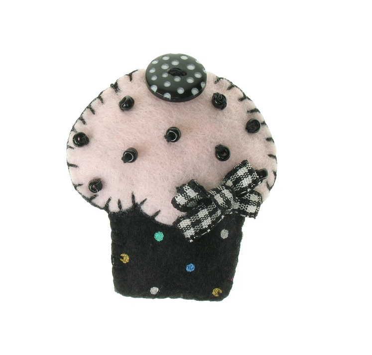 BOBBLELICIOUS Cup-Cake Brooch/Pin - Black/Pale Pink