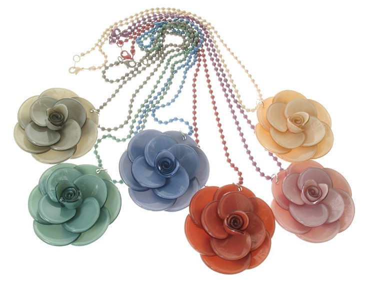 BIG BABY Large Rose Necklace