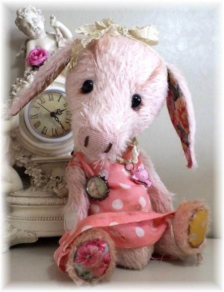 Teapot - Big Piglet Sister to Teacup - ADOPTED