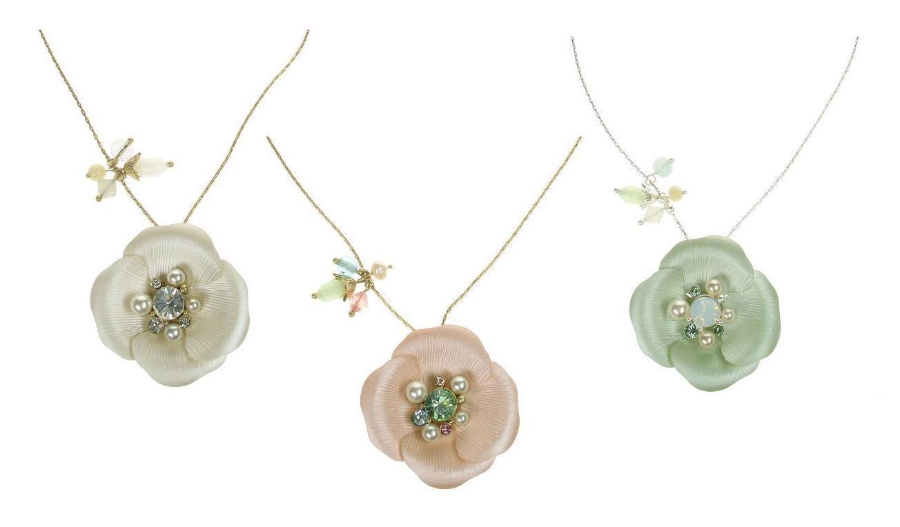 Bohm Flourescence Flower Pendant Necklace