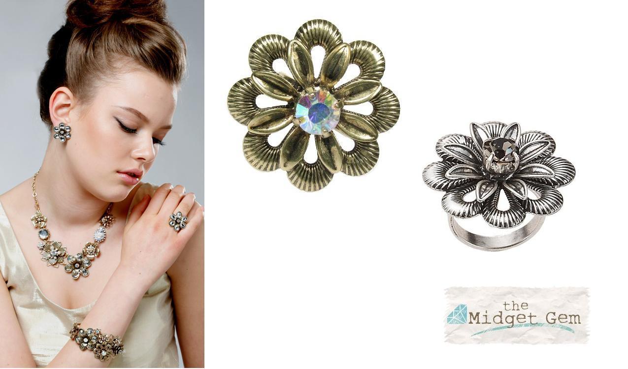 Bohm Vogue Adjustable Flower Ring