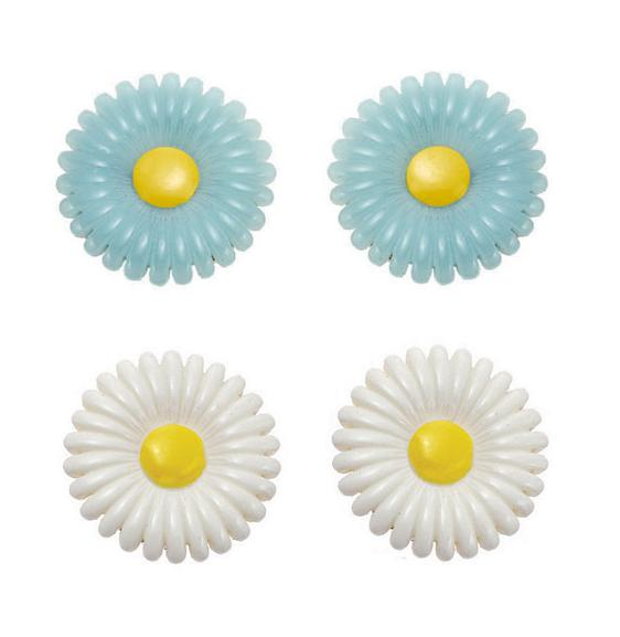 Bohm - Botanical Garden - Lucite Daisy Clip-On Earrings BNWT