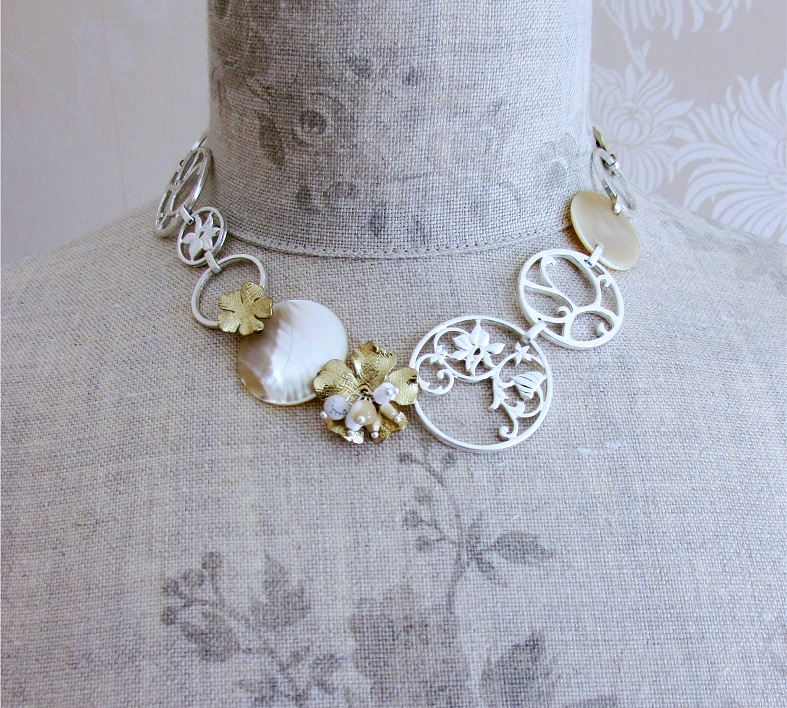 BOHM - Heirloom - All-round Necklace - Silver/Gold/White BNWT