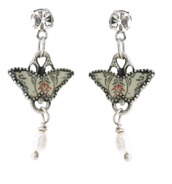 PILGRIM - Butterflies -Small Charm Earrings - Cream/Silver BNWT