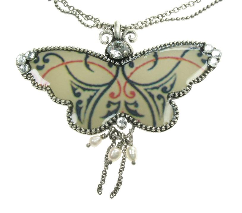 PILGRIM Butterflies Pendant Necklace - Cream/Beige/Silver