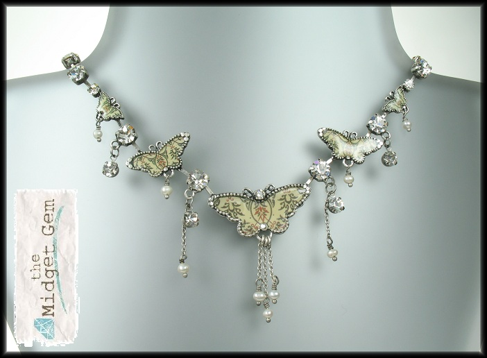 PILGRIM Butterflies Charm Necklace - Cream/Beige/Silver
