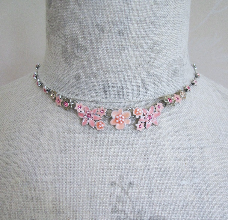 PILGRIM - Enchanted Flower - All-Round Necklace - Silver Plate/Pink BNWT