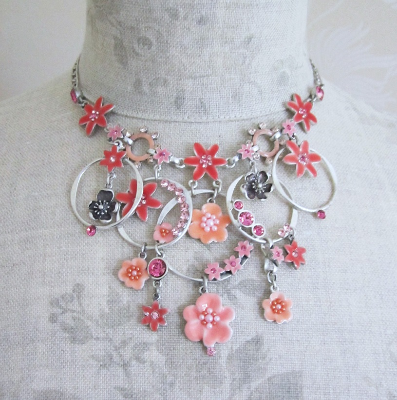 PILGRIM - ENCHANTED FLOWER - Mid-Elaborate Necklace - Silver Plate/Pink BNWT