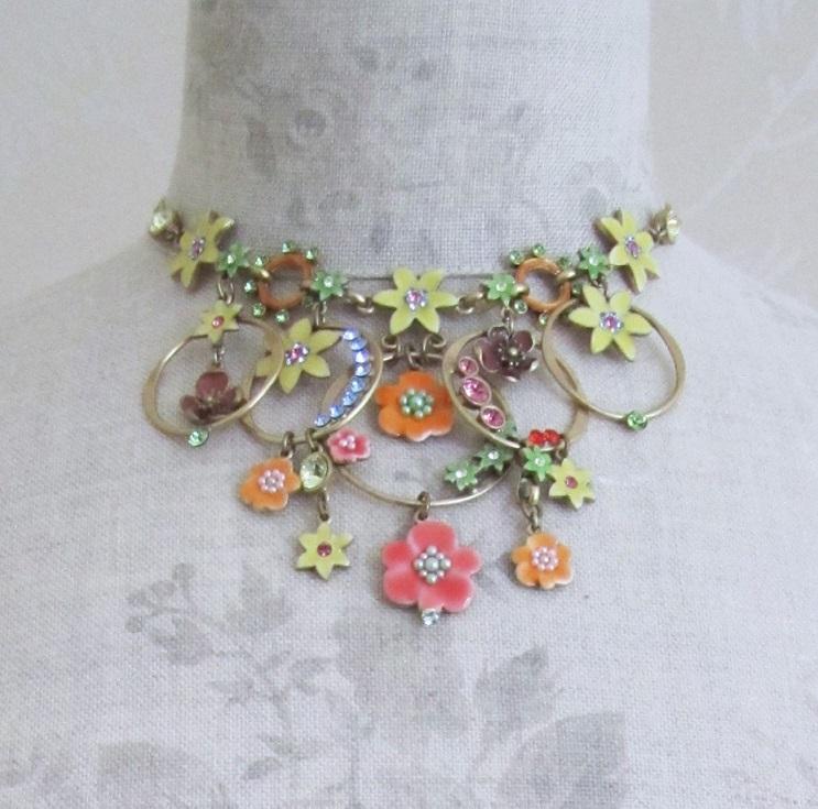PILGRIM - ENCHANTED FLOWER - Mid-Elaborate Necklace - Gold Plate/Multi BNWT