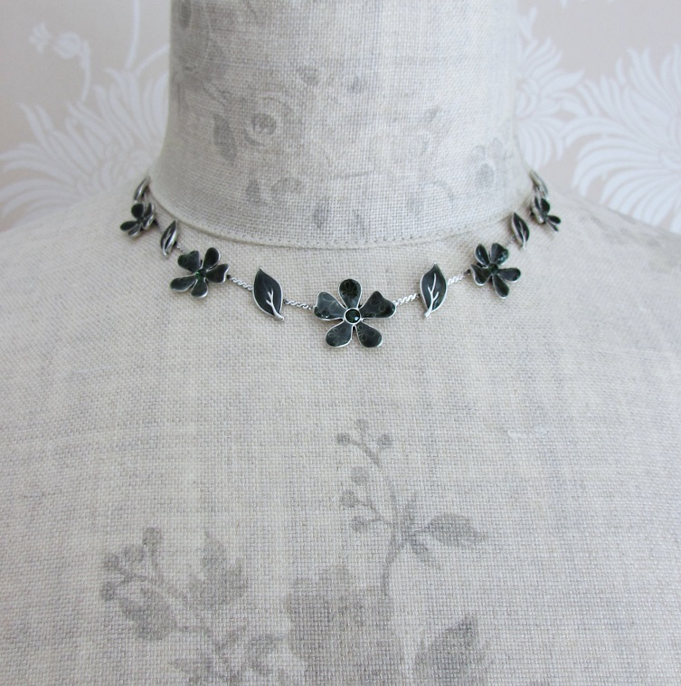 PILGRIM - Blossom - Single Strand Necklace - Silver/Teal Green BNWT