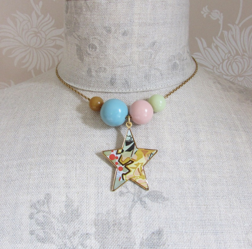 PILGRIM - Graffiti Star & Bead Necklace - Gold/Pastels BNWT