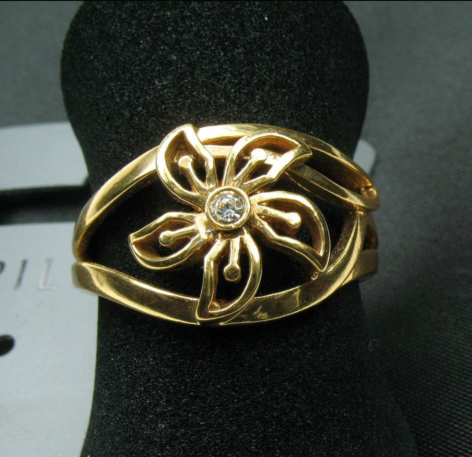 PILGRIM - Delicate Flower - Adjustable Ring - Gold Plate/Clear Swarovski BNWT