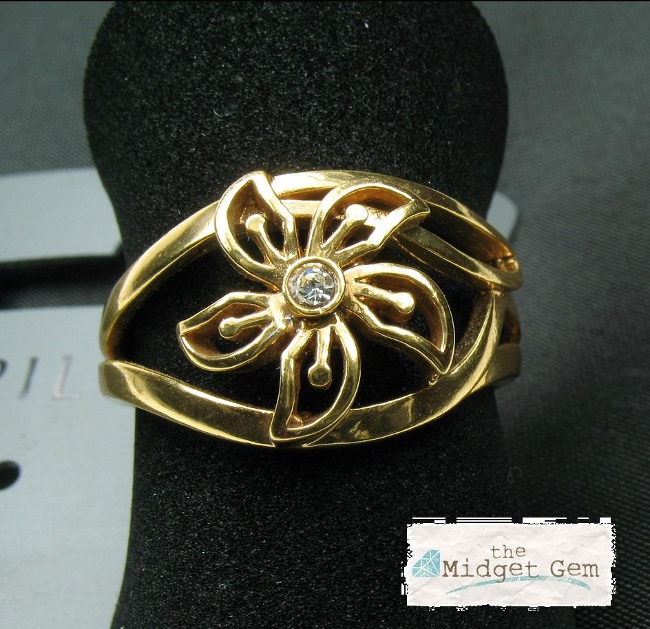 PILGRIM - Delicate Flower - Adjustable Ring - Gold Plate/Clear Swarovski BNWT