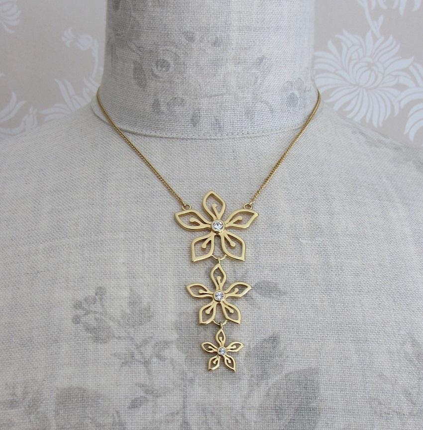 PILGRIM - Delicate Flower - Pendant Necklace - Gold Plate/Clear Swarovski BNWT