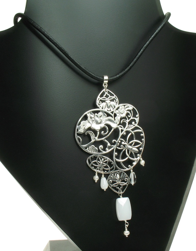 PILGRIM - Filigree Summer - Flower Pendant Necklace - Silver Plate BNWT