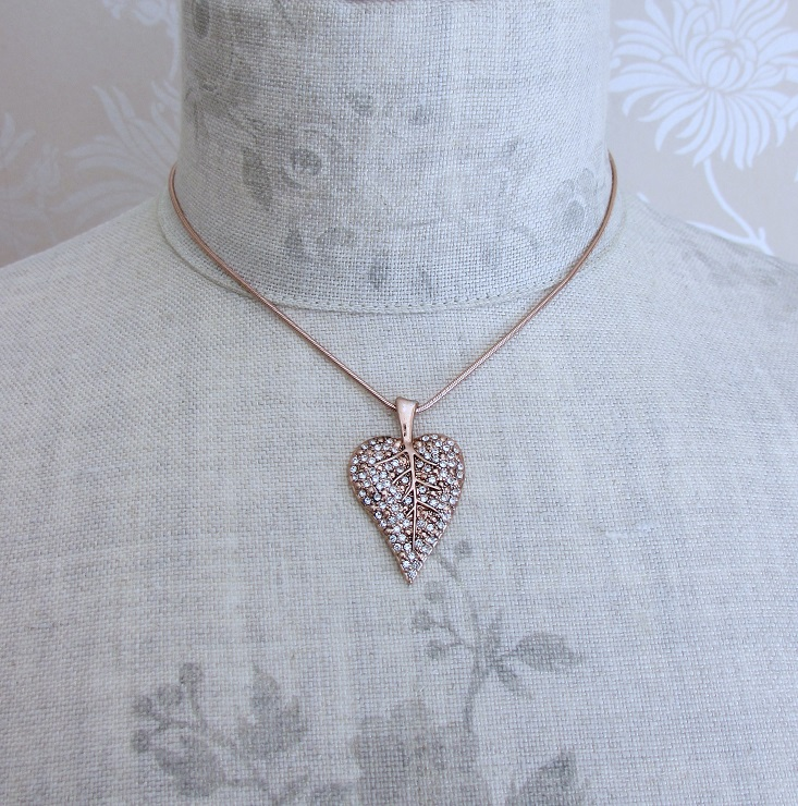 PILGRIM - Leaves - Leaf Necklace - Rose Gold Plate/Clear BNWT