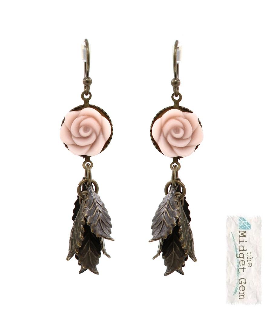Lisbeth Dahl - Porcelain Rose Earrings - Vintage Gold/Subtle Pink BNWT