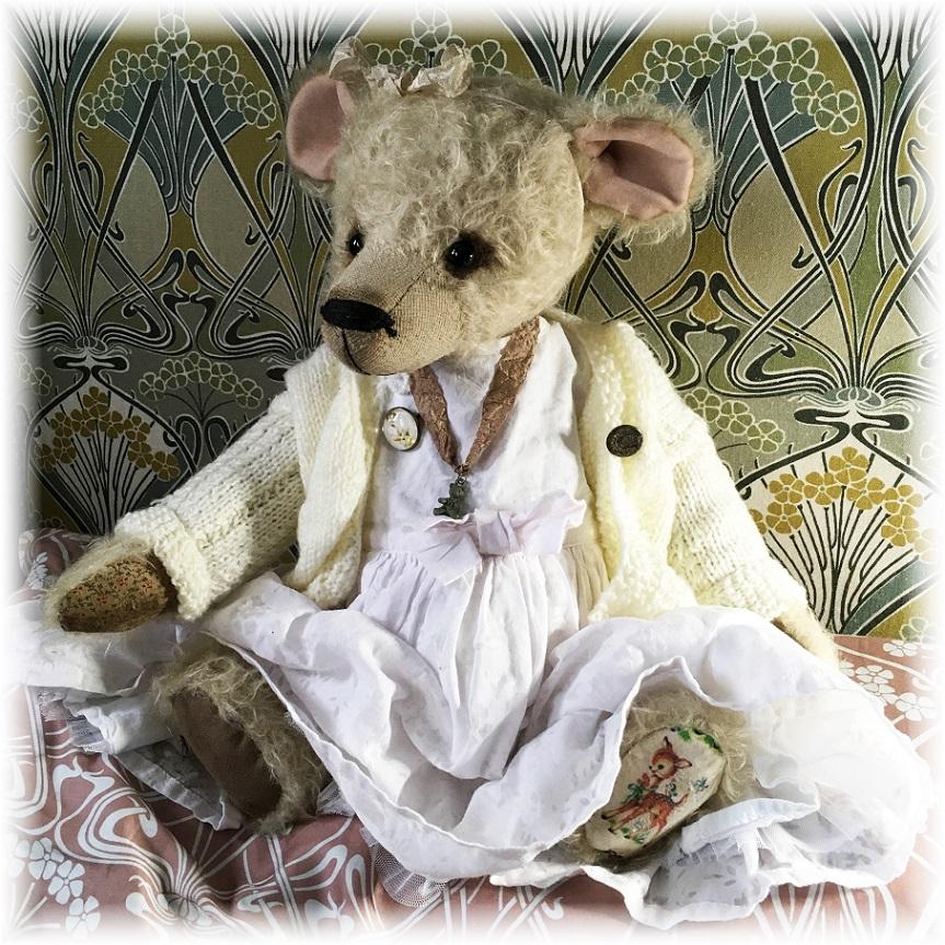 Millie - Large Teddy Bear With Growl