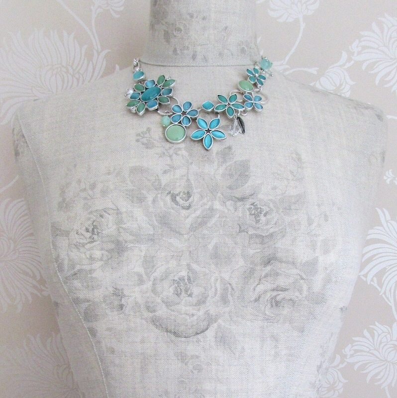 BOHM - Flower Necklace Glass Swarovski - Silver/ Aqua Blue Turquoise Opal BNWT