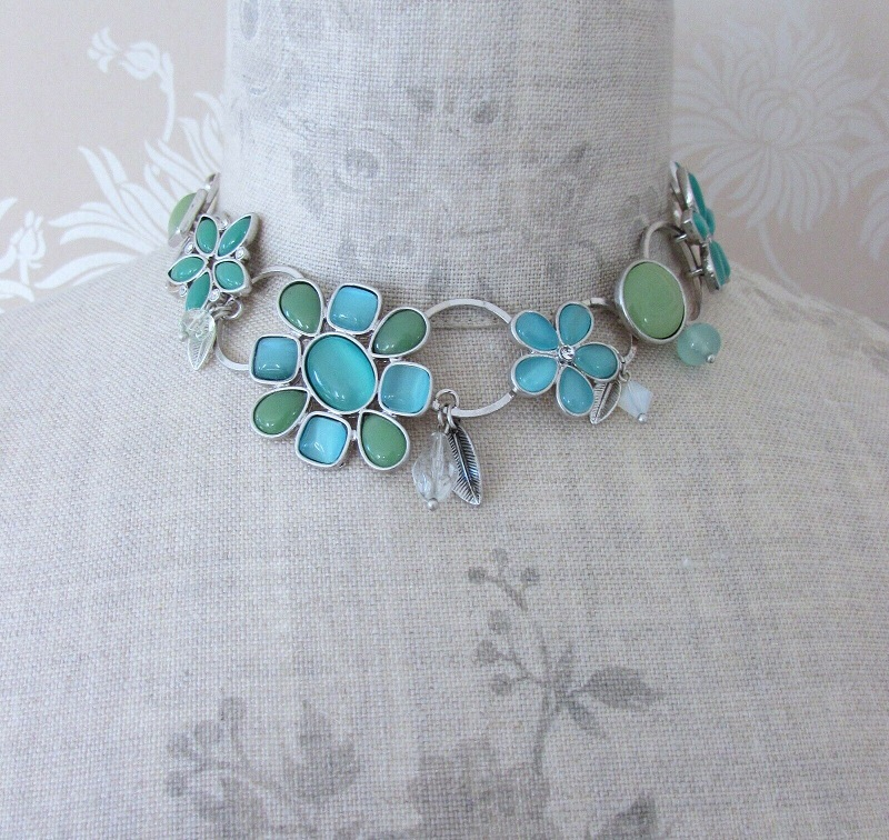 BOHM - Flower Necklace Collar Glass Swarovski - Silver/Aqua Blue Turquoise Opal BNWT