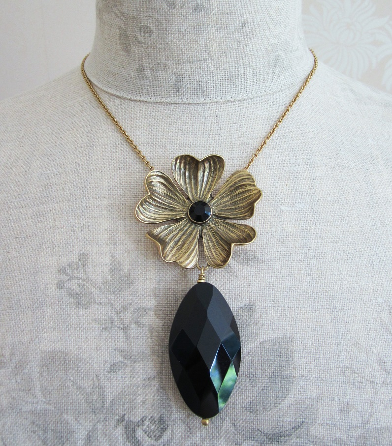 PILGRIM - Autumn's Finest - Flower & Crystal Drop Pendant Necklace - Gold/Black BNWT
