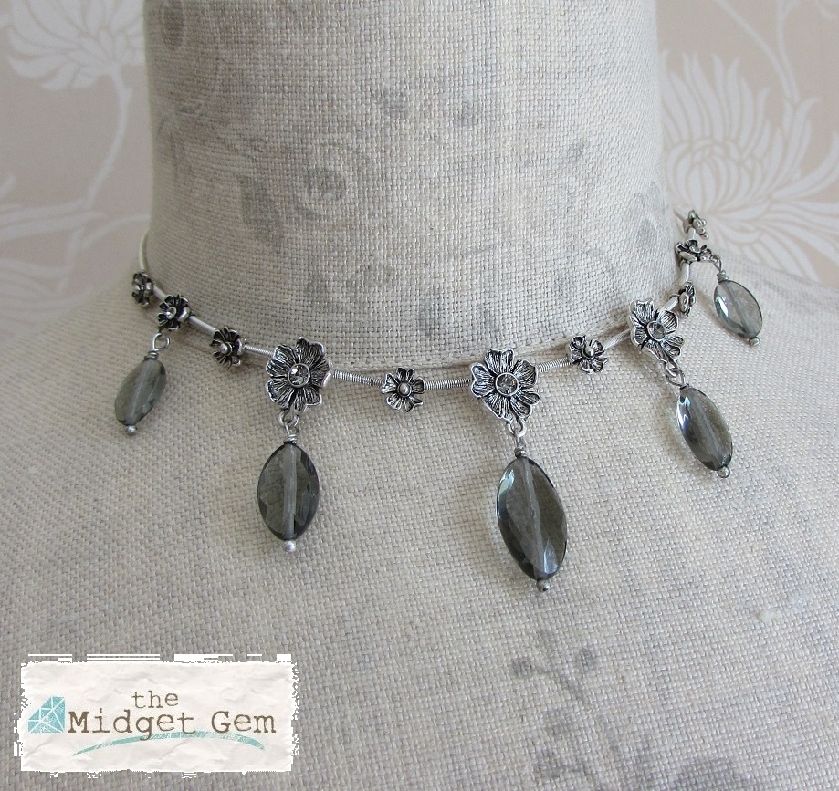 PILGRIM - Autumn's Finest - Flower & Crystal Drop All-Round Necklace - Silver/Grey BNWT