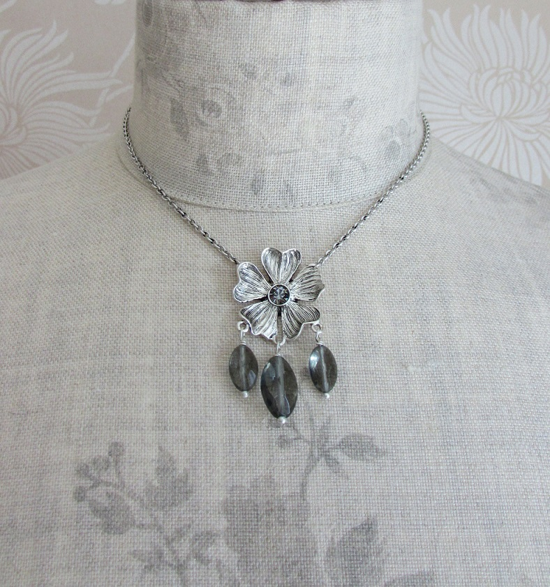 PILGRIM - Autumn's Finest - Flower & Crystal Drop Pendant Necklace - Silver/Grey BNWT