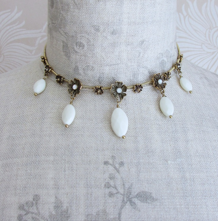 PILGRIM - Autumn's Finest - Flower & Crystal Drop All-Round Necklace - Gold/White BNWT