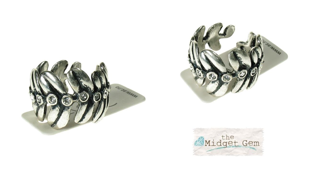 A & C Fern Leaf Adjustable Ring