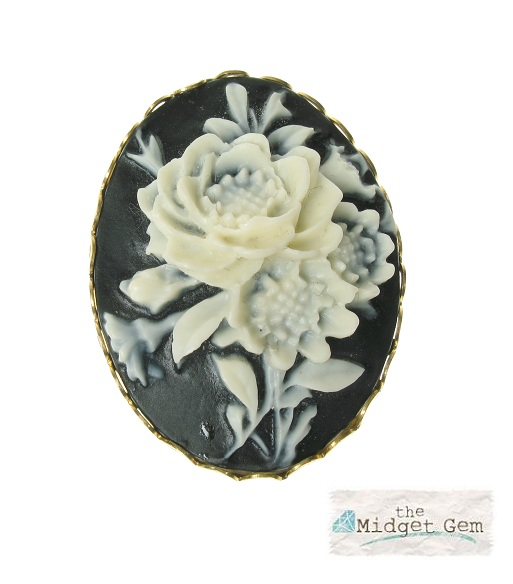 f6aa246b48c Maria Allen Black & White Rose Cameo Brooch - Gold Plate