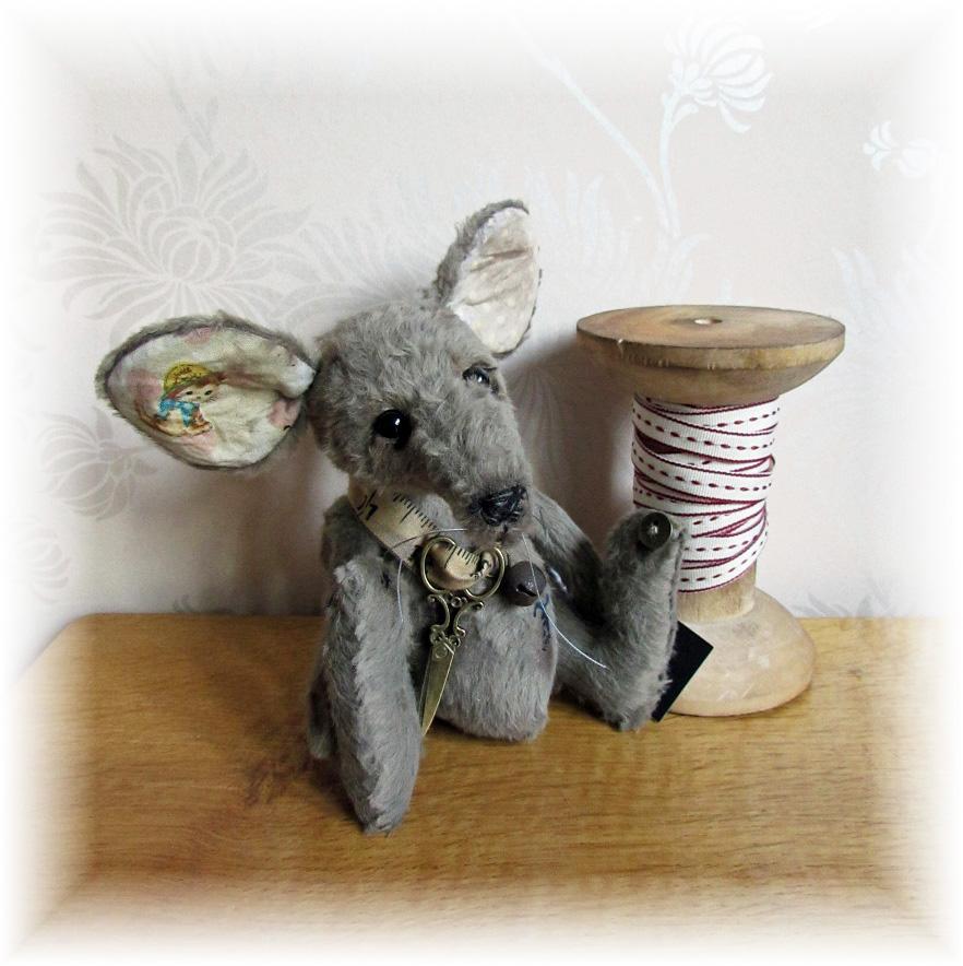 Rain Whisker - Mr. Mouse & Cotton Reel