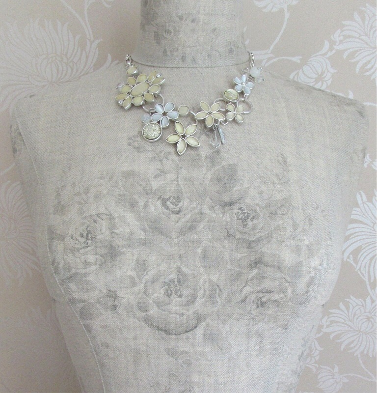 BOHM - Flower Bib Necklace Glass & Swarovski Crystal - Silver/White Opal & Cream BNWT