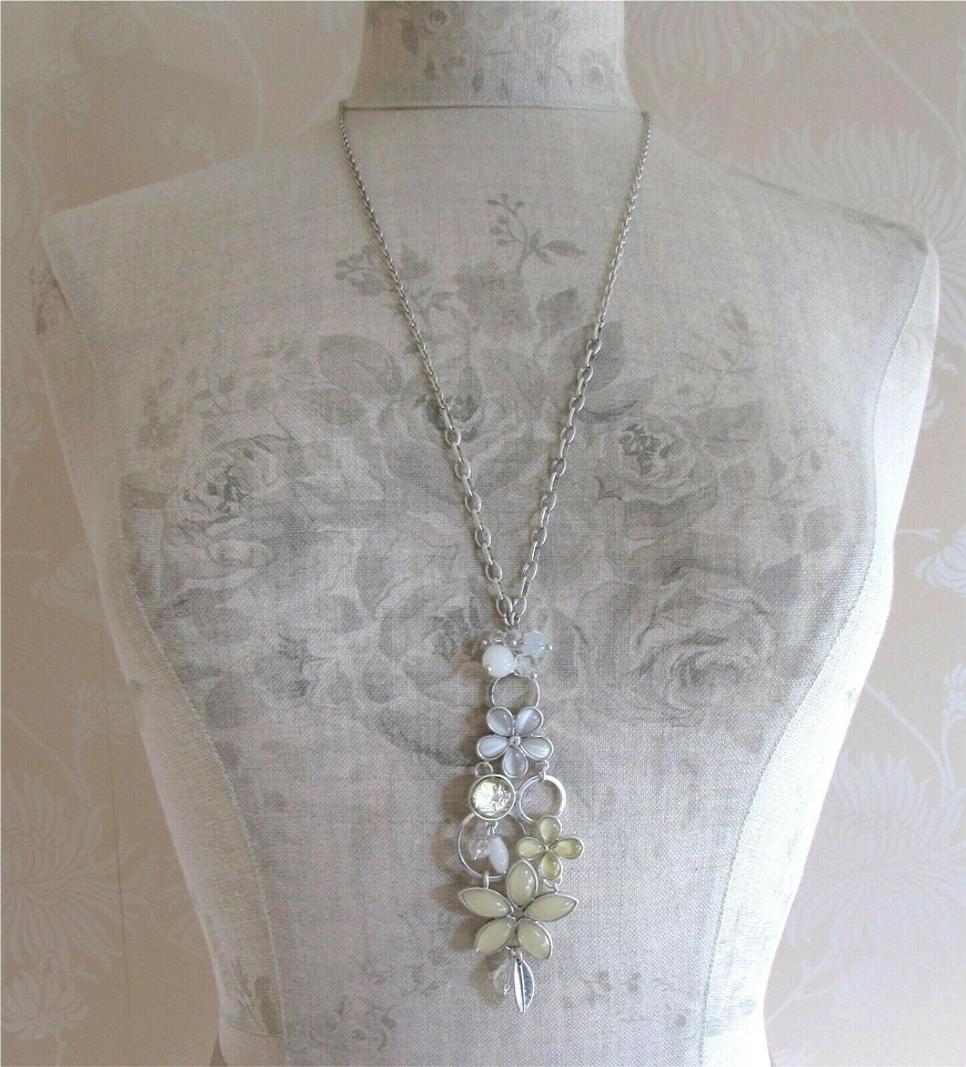 BOHM - Adjustable Long Floral Necklace -  Silver/Pearl White Grey Glass Cabochon BNWT